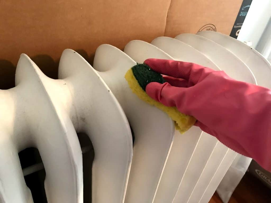 cleaning-a-radiator