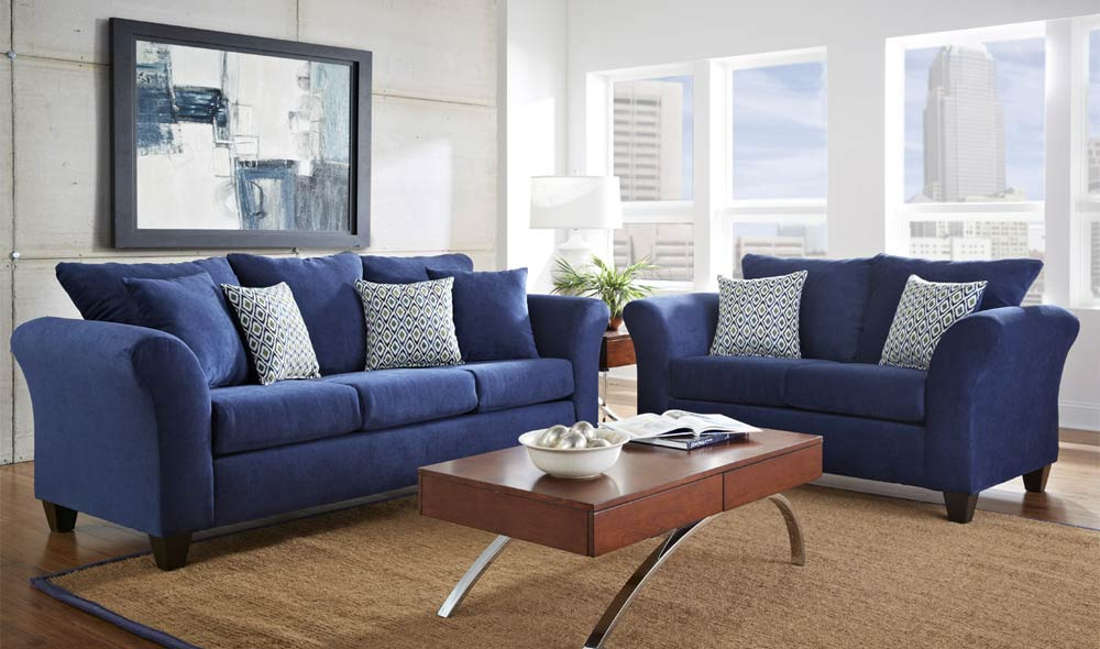 navy-sofas-in-apartment
