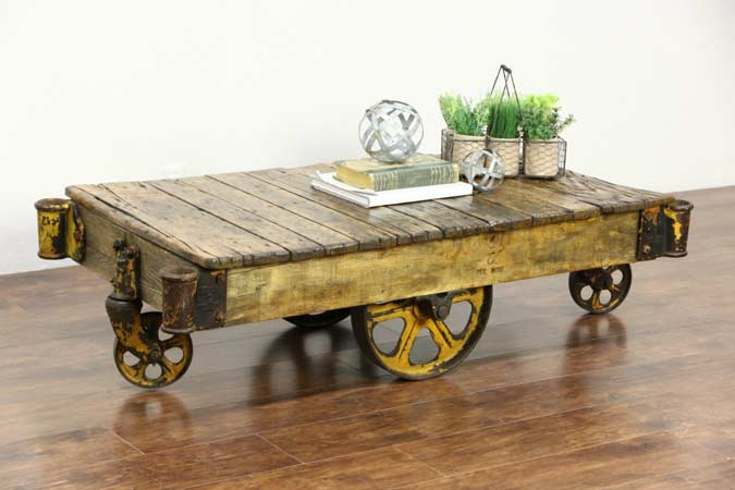 reclaimed-wooden-coffee-table